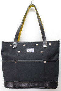 Fieldtotebagm_black_a0001_2